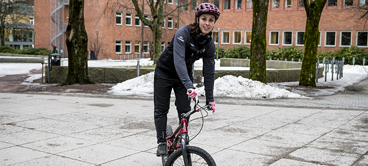 Picture of Nadine on her bike.