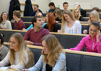 Students in lecture hall Euler